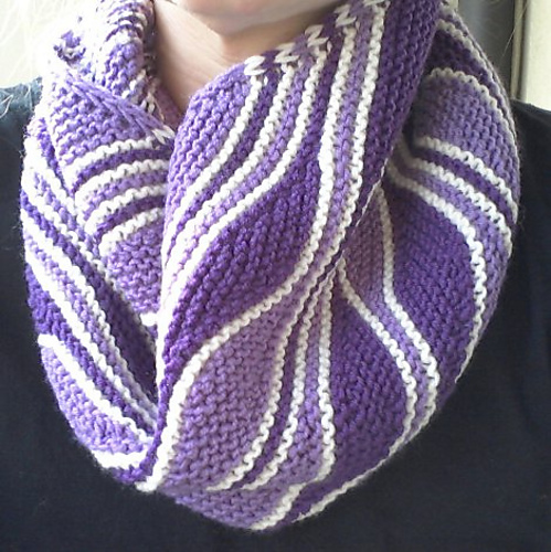 Free Knitting Pattern for Mixed Wave Cowl