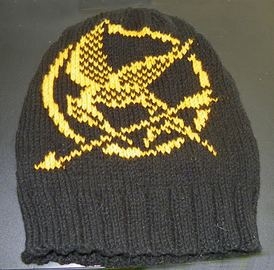 Mockingjay Slouchy Hat Free Knitting Project | Knitting patterns inspired by The Hunger Games books and movies http://intheloopknitting.com/hunger-games-knitting-patterns/
