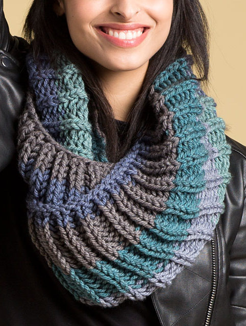 Free Knitting Pattern for 2 Row Repeat Big Rib Cowl