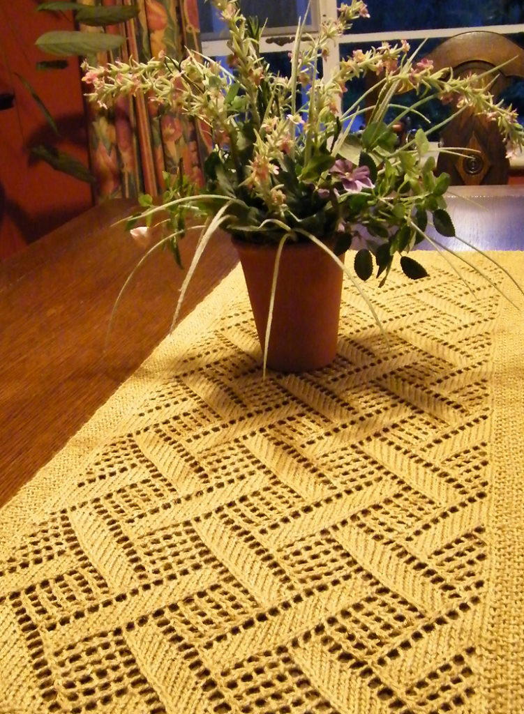 Free Knitting Pattern for Montague Table Runner