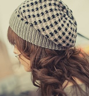 Check Plaid Slouchy Hat Knitting Pattern