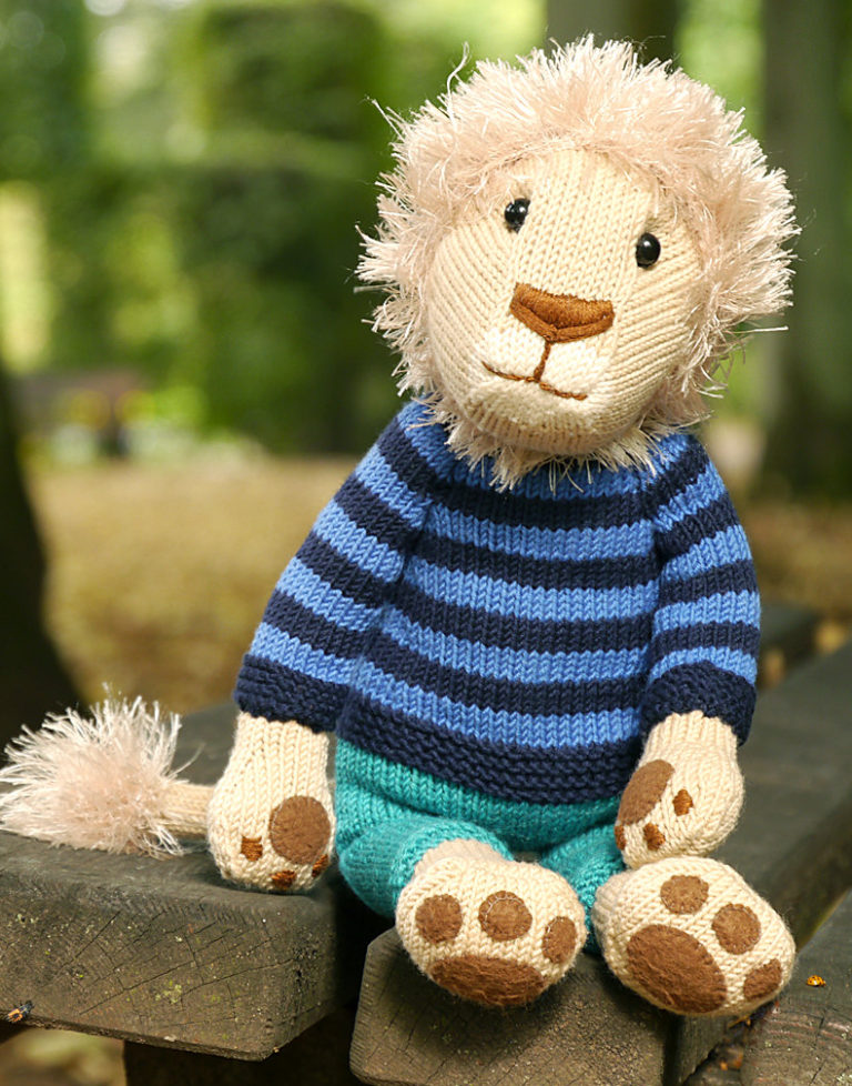 Knitting Pattern for Nelson the Lion Toy