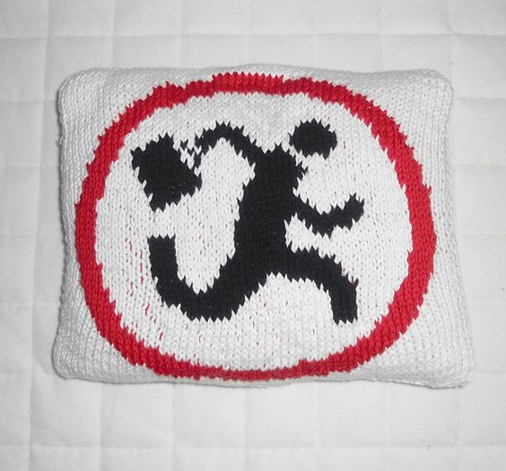 Free knitting pattern for Nerd Herd symbol from Chuck