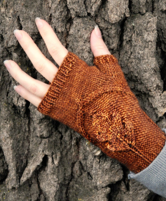 Knitting Pattern for Oak Grove Mitts