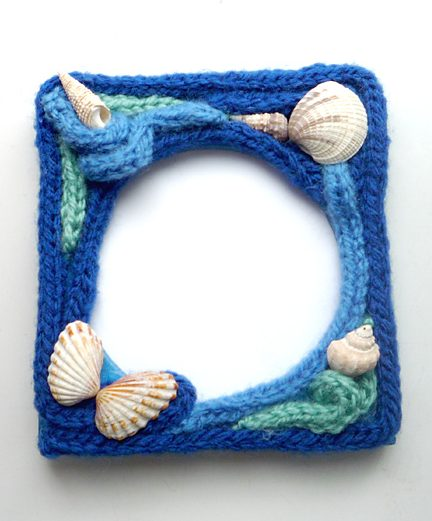 Free knitting pattern for Ocean Picture Frame made of i-cord