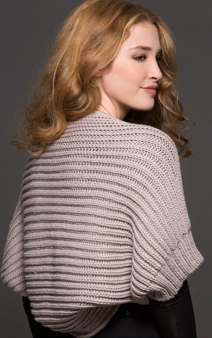 Knitting pattern for Olimpia Shrug in fishermen's rib and more easy shrug knitting patterns