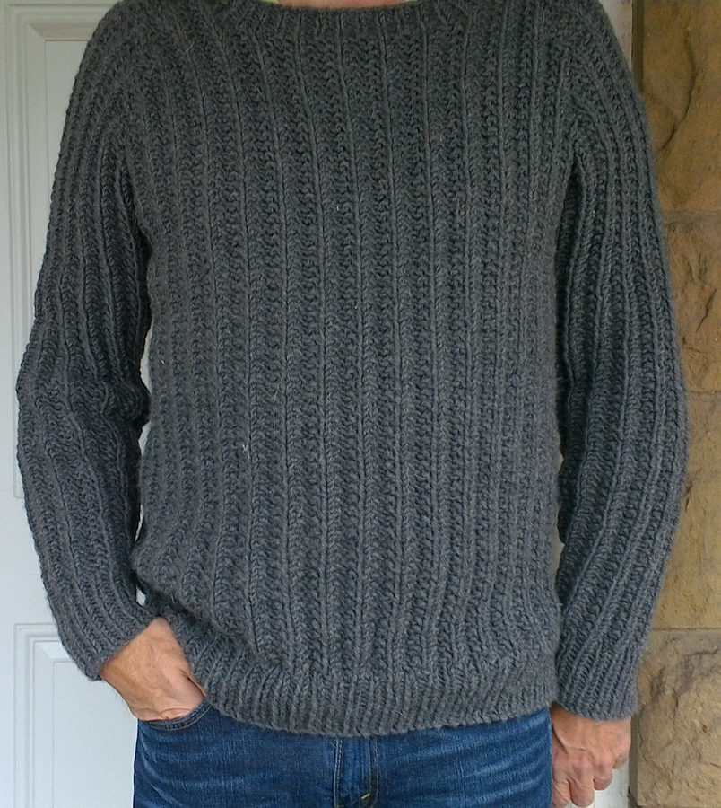 73a5a4815 Free Knitting Pattern for One Row Repeat Men s Outdoor Sweater
