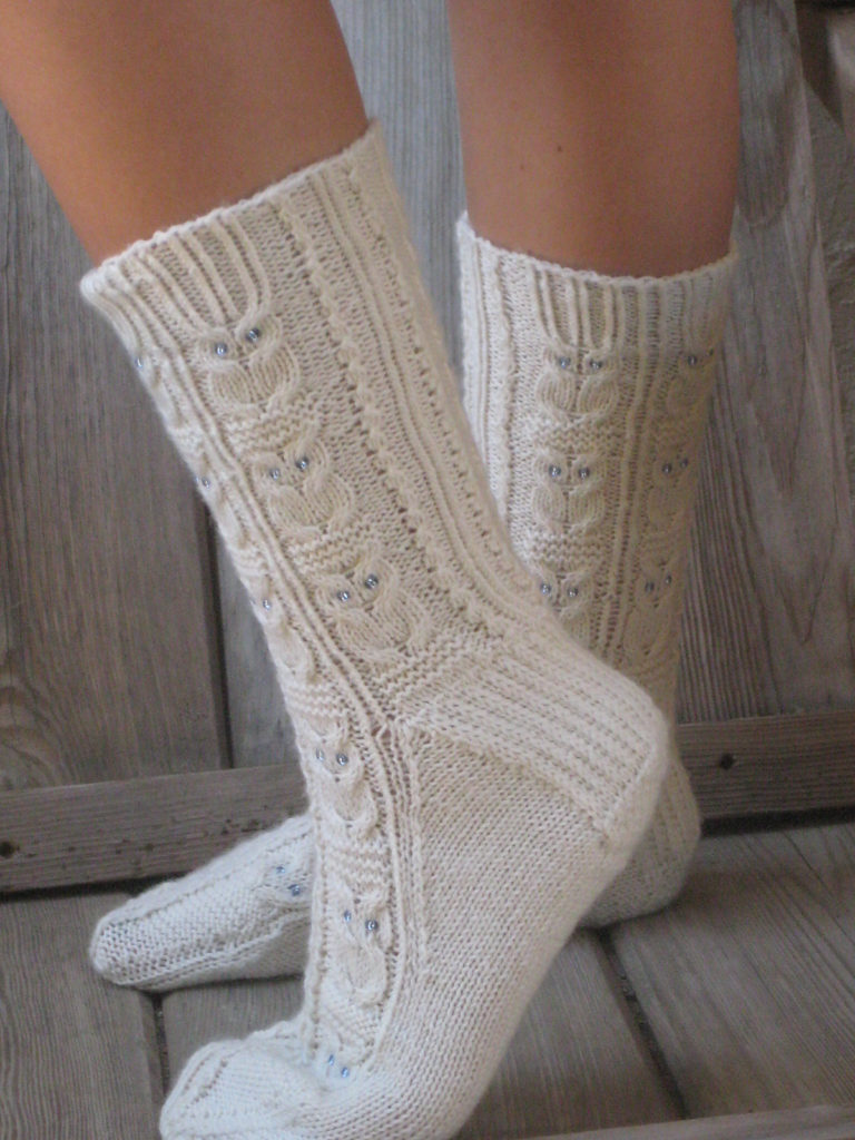 Free Knitting Pattern for Owlie Socks