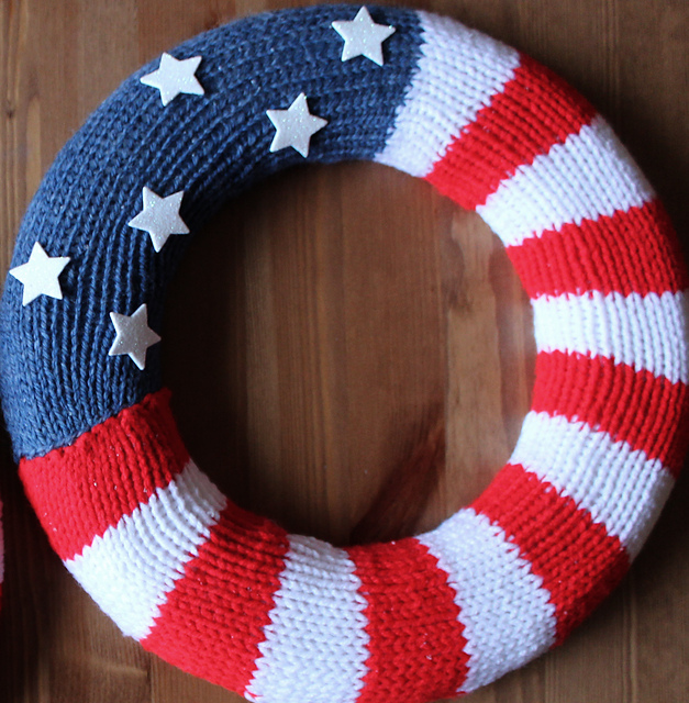 Free knitting for Patriotic Wreath