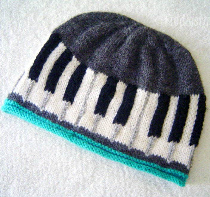 Knitting Pattern for Keyboard Hat