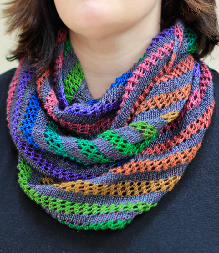 Free Knitting Pattern for Pipevine Cowl