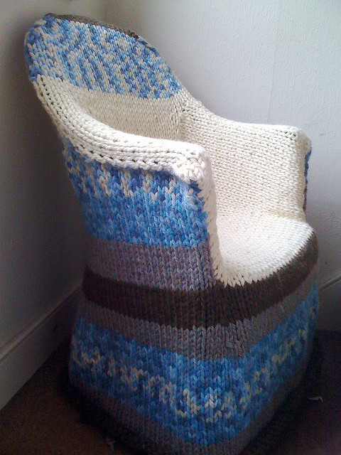 Free knitting pattern for plastic chair cover