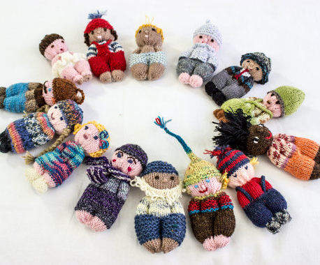 Knitting pattern for easy Pocket Dolls