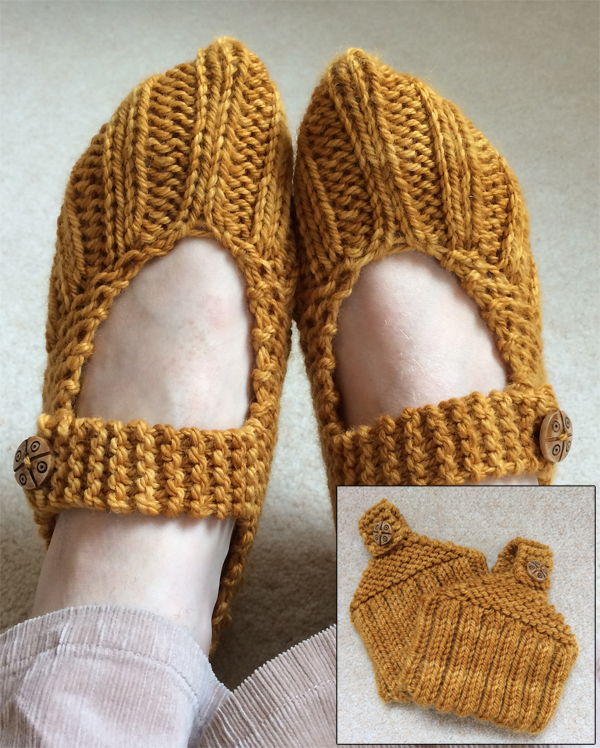 Free Knitting Pattern for Pocketbook Slippers