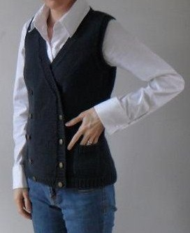 Free knitting pattern for Pocketses Vest inspired by Hobbit attire
