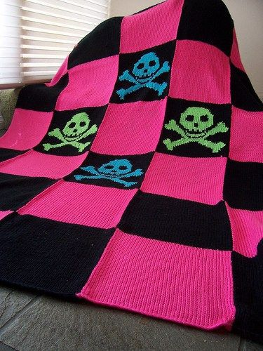 Free knitting pattern for Pretty Punk Blanket