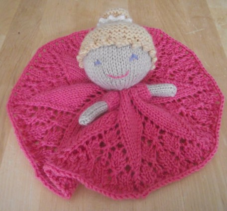 Knitting pattern for Princess Toy Blankie