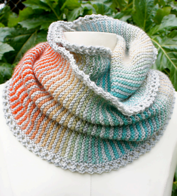 Free Knitting Pattern for Prisma Loop Cowl Infinite Scarf