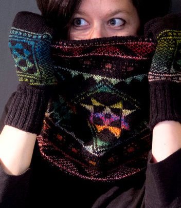 Knitting Pattern for Pysansky Cowl and Mittens
