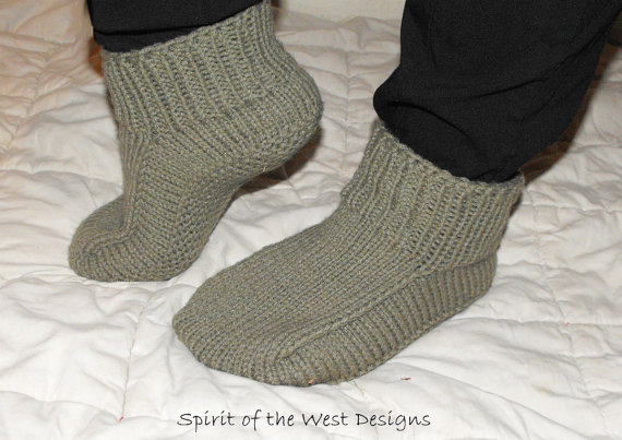 Knitting Pattern for Quick Knit Slippers For The Whole Family