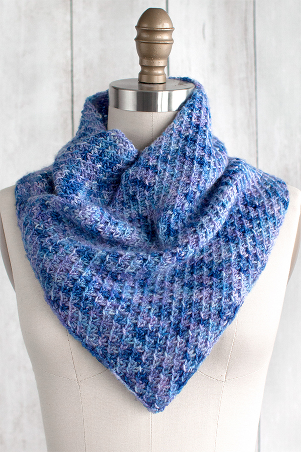 Free Knitting Pattern for 4 Row 4 Stitch Repeat Racimo Cowl