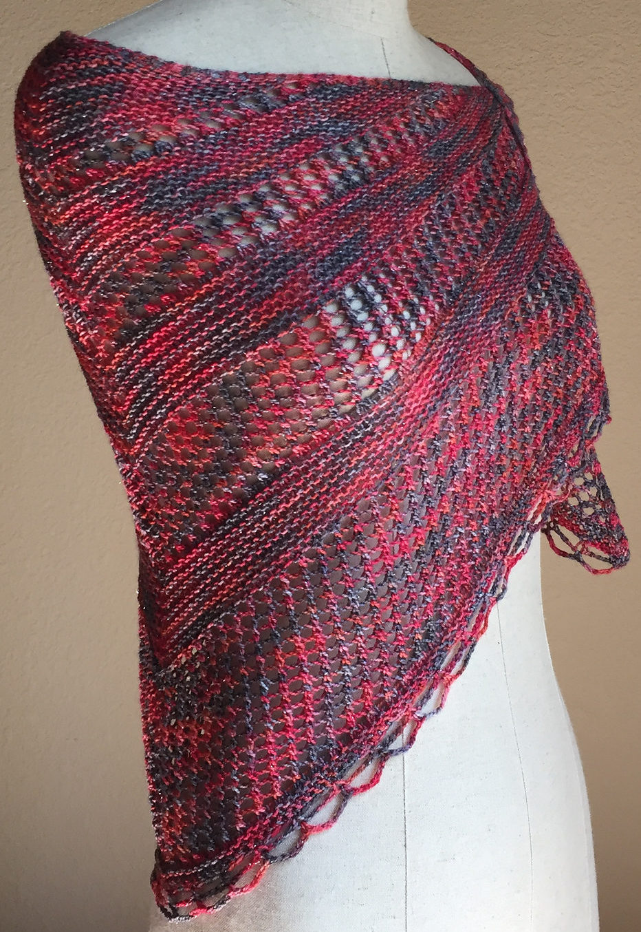 Free Knitting Pattern for Easy One Skein Reina Shawl