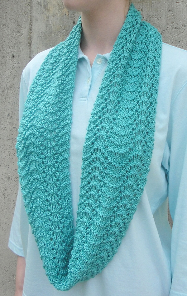 Knitting Pattern for Easy Rippling Infinity Scarf