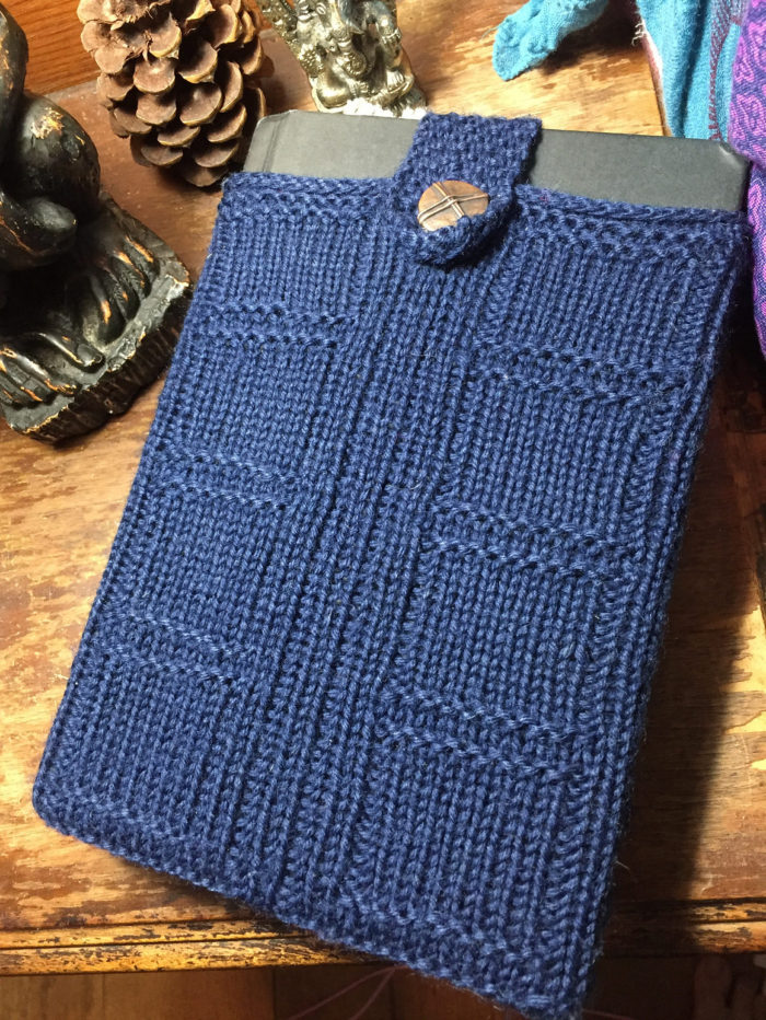 Free Knitting Pattern for River Song's Diary