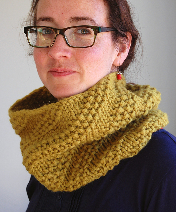 Knitting Pattern for Rivulet Cowl