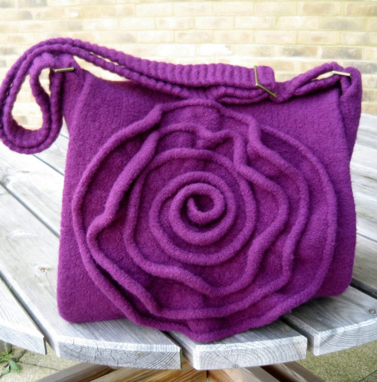 Knitting Pattern for Rose Messenger Bag