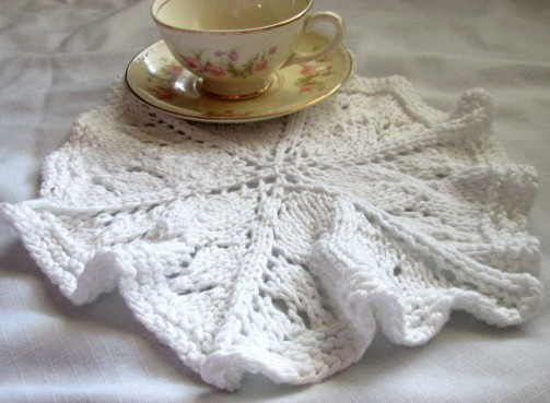 Knitting pattern for Round Lace Dishcloth