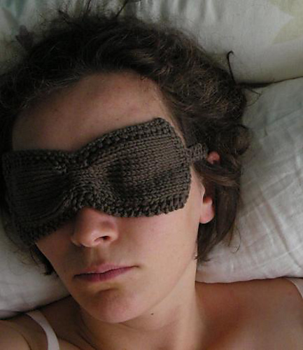 Free knitting pattern for Ruched Sleep Eye Mask