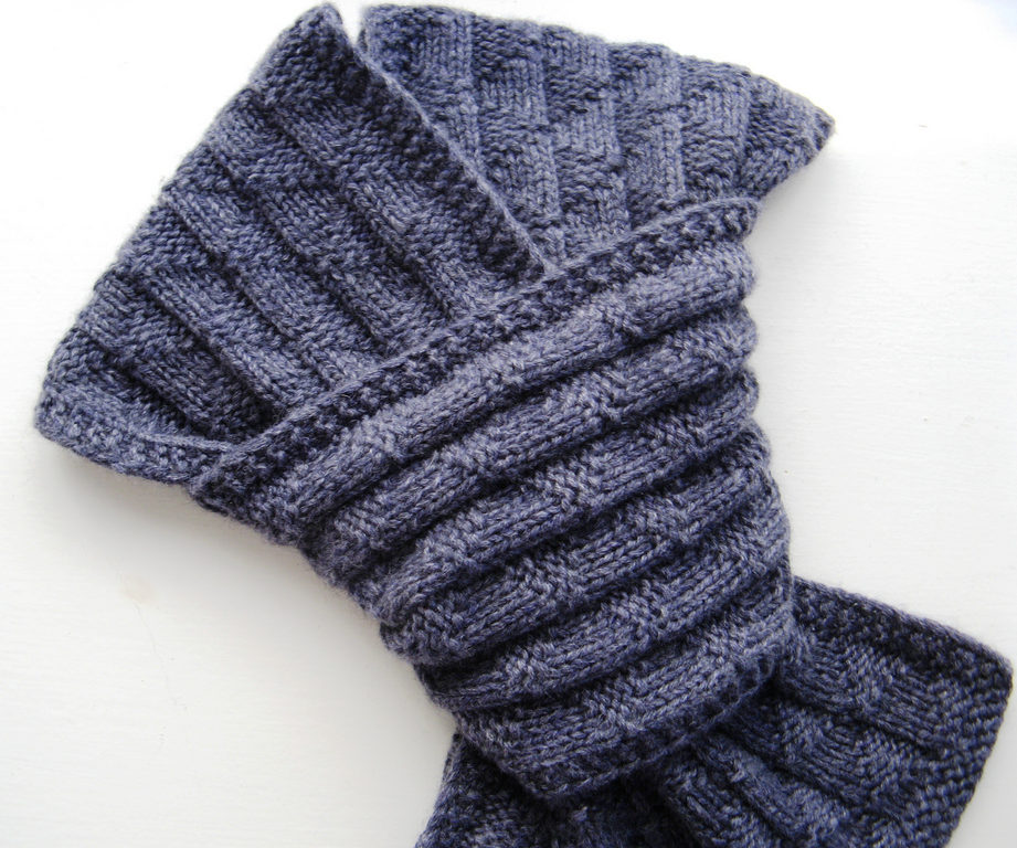 Free Knitting Pattern for Ruggles Reversible Scarf