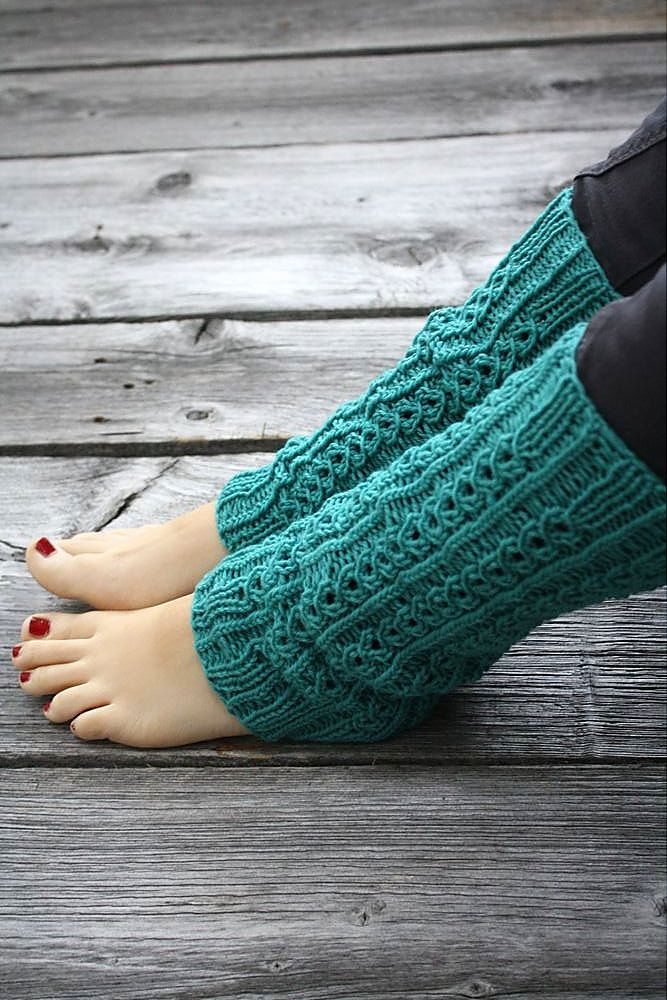 Free Knitting Pattern for Salander Legwarmers