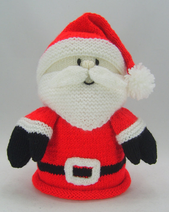 Santa Toilet Roll Cover knitting pattern