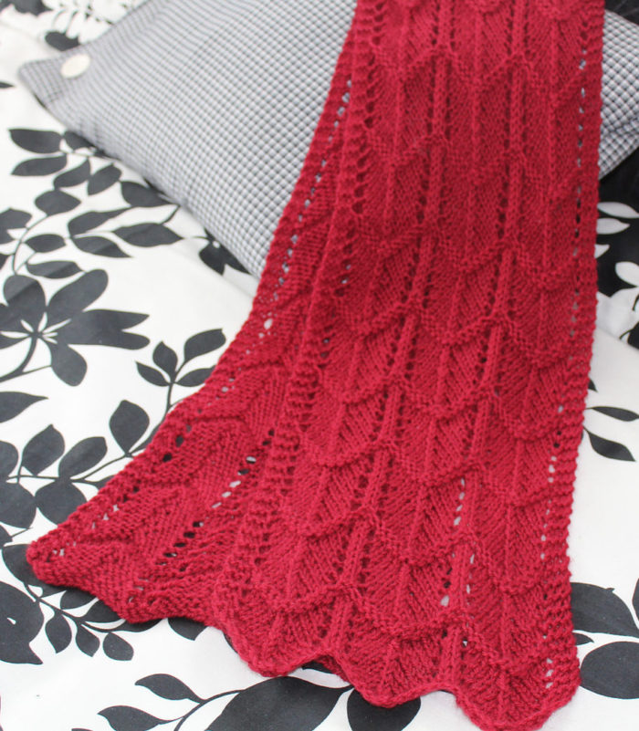 Free Knitting Pattern for Pearl-barred Scallop Scarf