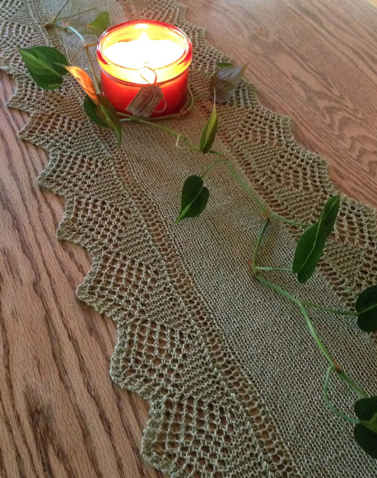Free Knitting Pattern for Scalloped Table Runner