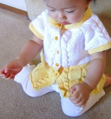 Seamless Top Down Baby Sweater Free Knitting Pattern | Free Baby Sweater Knitting Patterns at http://intheloopknitting.com/free-baby-and-child-sweater-knitting-patterns/