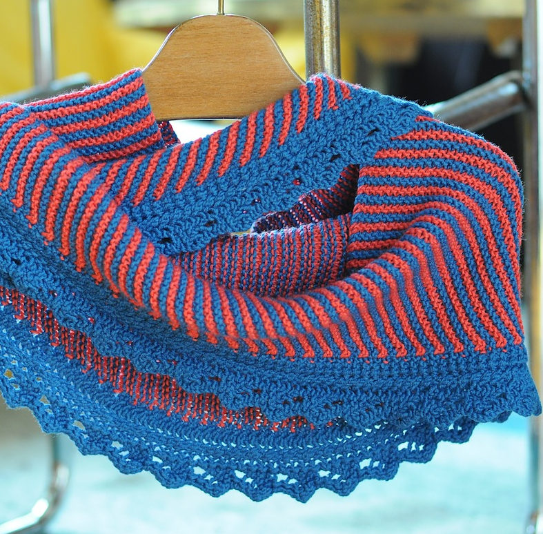 Free Knitting Pattern for Sencillo Shawl
