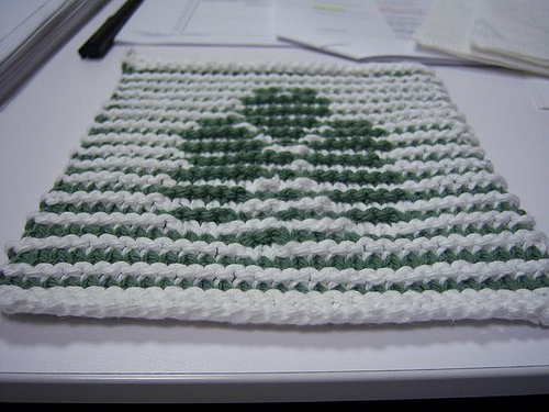 Shamrock Dish Cloth Free Knitting Pattern | Free St. Patrick's Day Knitting Patterns