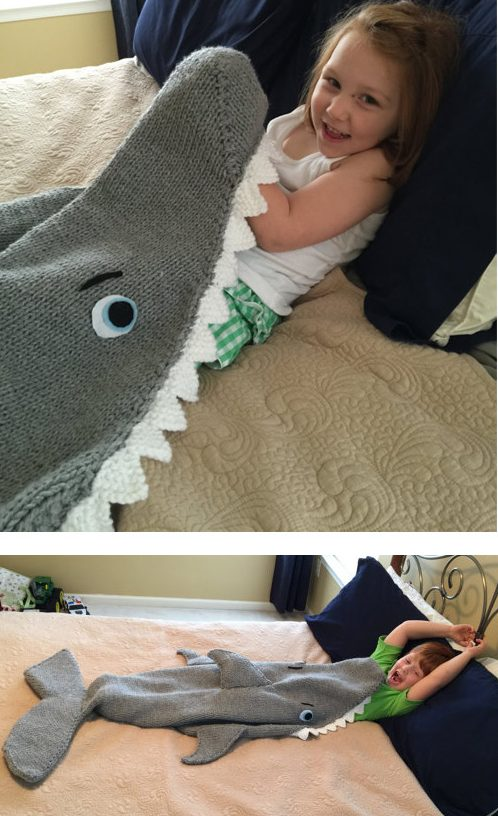 Knitting pattern for Shark Attack Blanket