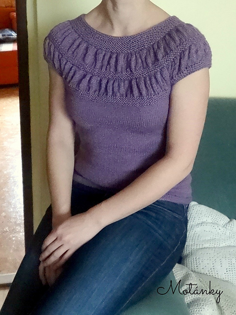 Free knitting pattern for Tee Top with Shirred Yoke