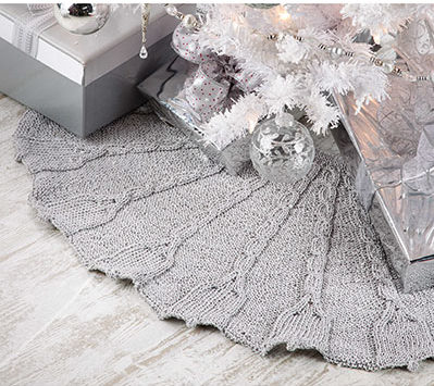 Knitting Pattern for Silver Bells Tree Skirt
