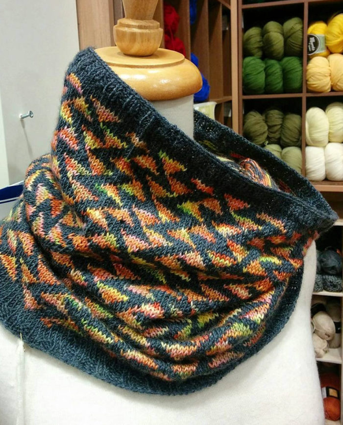 Free Knitting Pattern for Sista Claudia Cowl