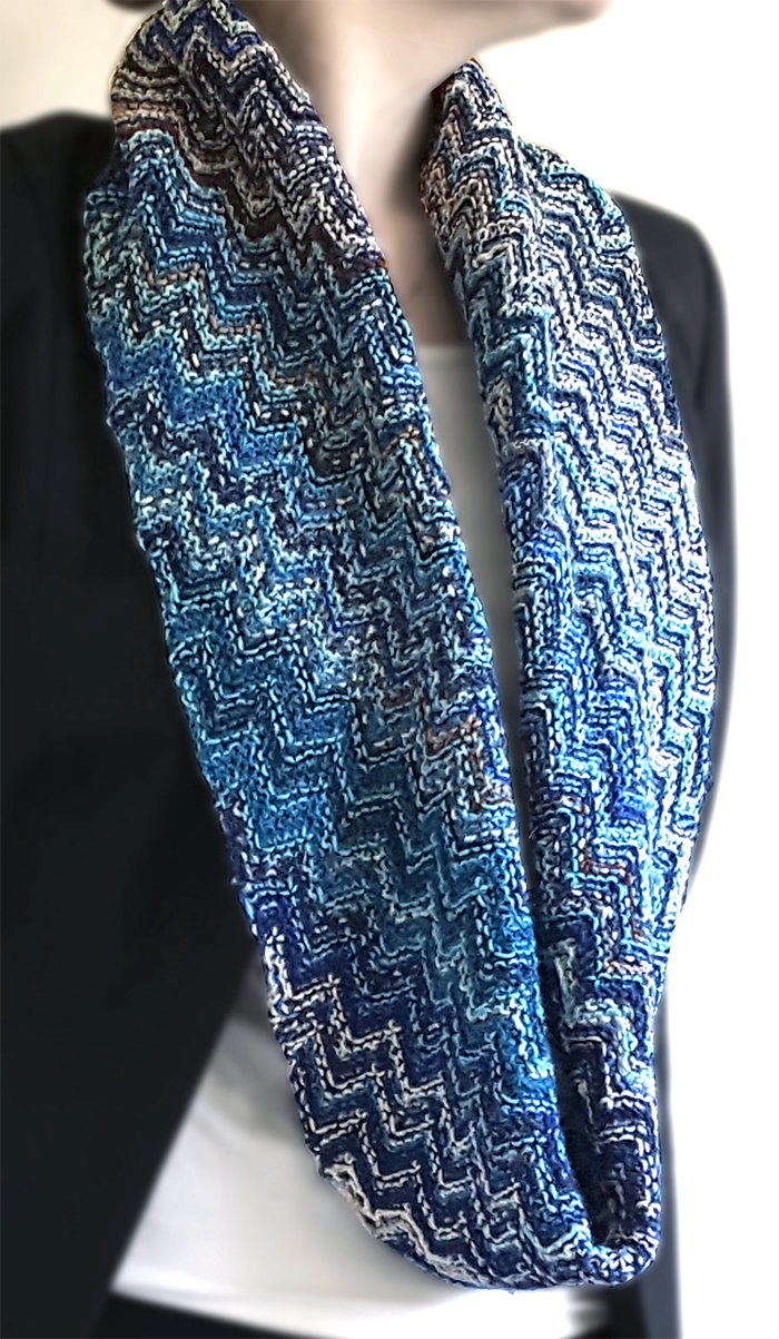 Free Knitting Pattern for Skein Hash Cowl