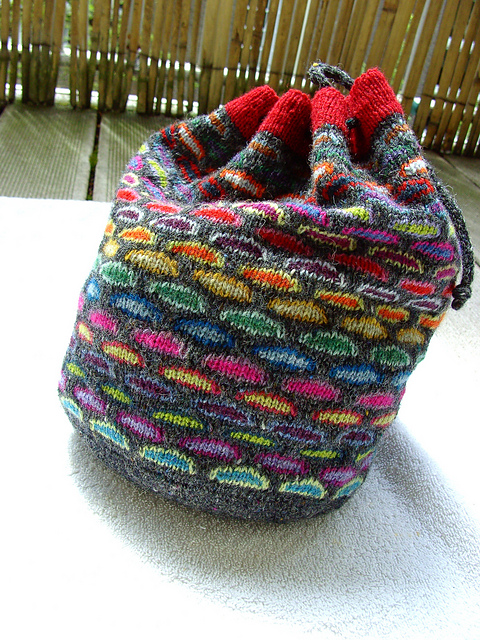 Free knitting pattern for Slip Stitch Knitting Bag