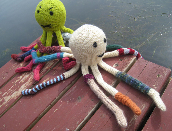 Free knitting pattern for Octopus and more sea animal knitting patterns