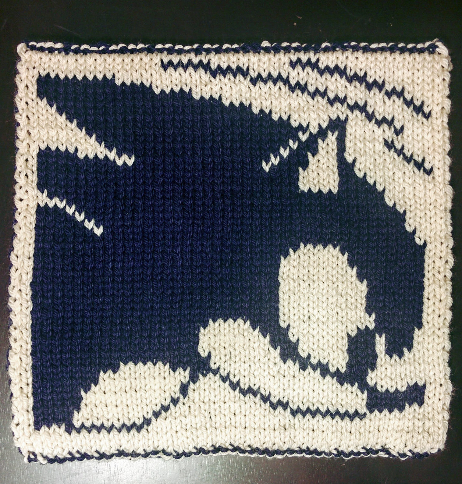 Free Knitting Pattern for Sonic the Hedgehog Block