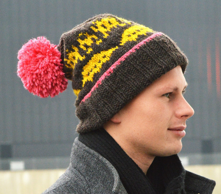 Knitting pattern for Space Invaders Hat