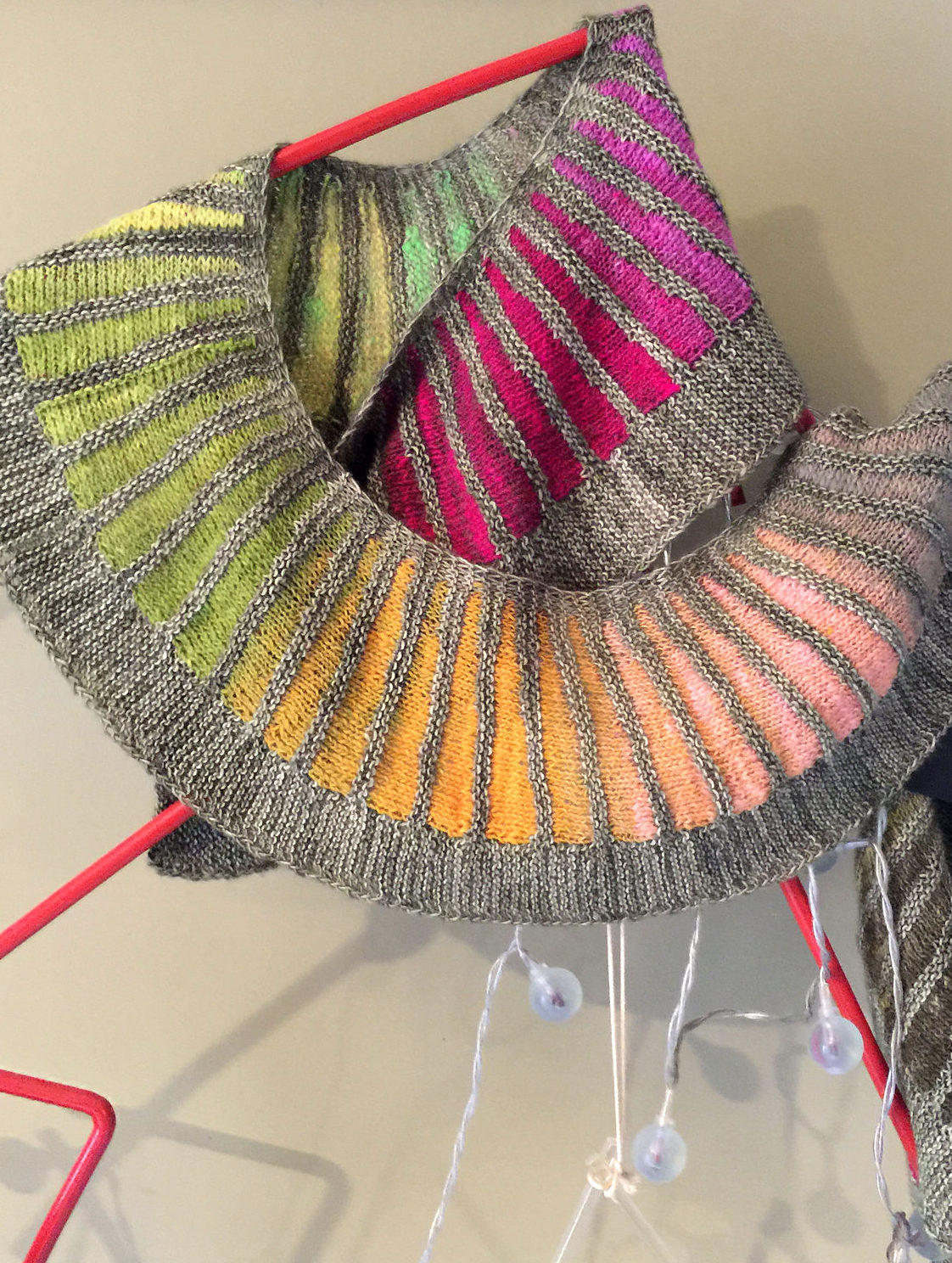 Knitting Pattern for Spectra Scarf by Stephen West